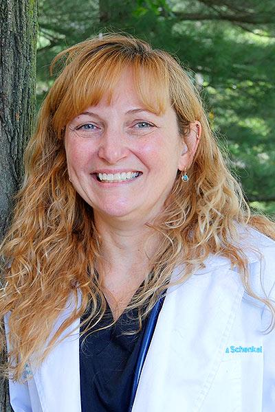 Dr Lisa Schenkel